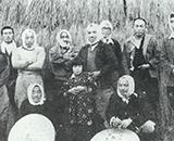 入植開拓の歴史 新興、千本野開拓 記念写真の面々(千本野)
